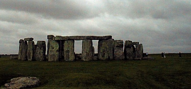 stonehenge_edited